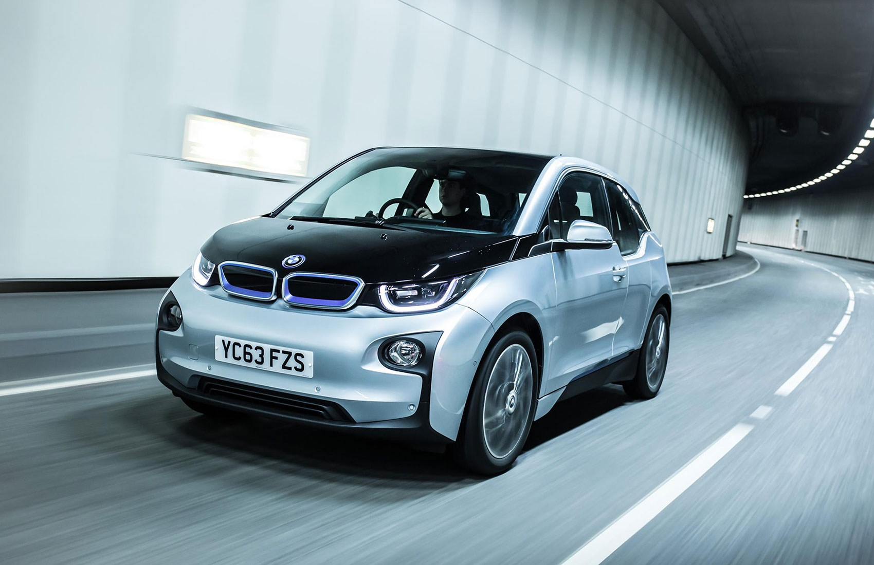 image bmw sportiness getting extra s an dose electric is sporty of car edition