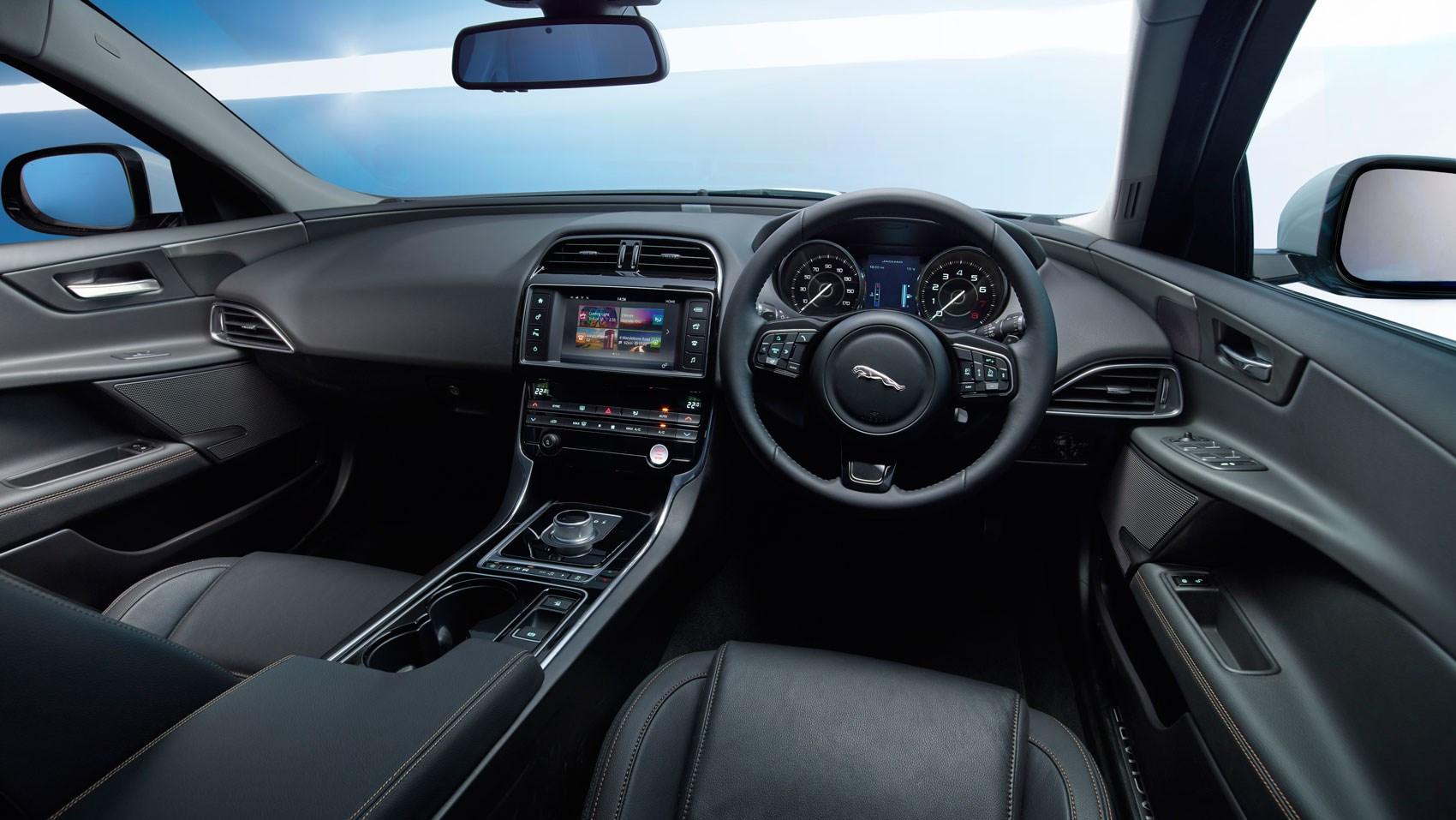 jaguar xe 2 0 d 163 r sport 2015 review car magazine. Black Bedroom Furniture Sets. Home Design Ideas