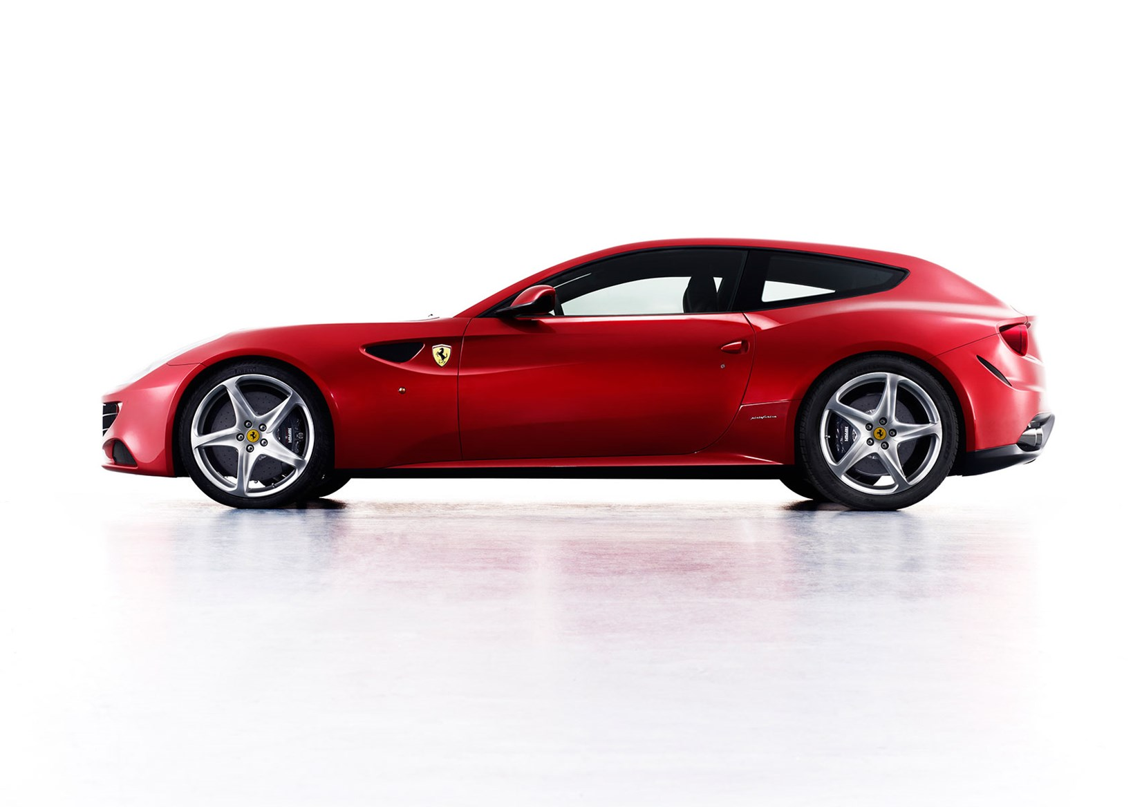 the ferrari ff will receive a facelift in 2016 with a new rear end and a v8 option - Ferrari 2020 Models