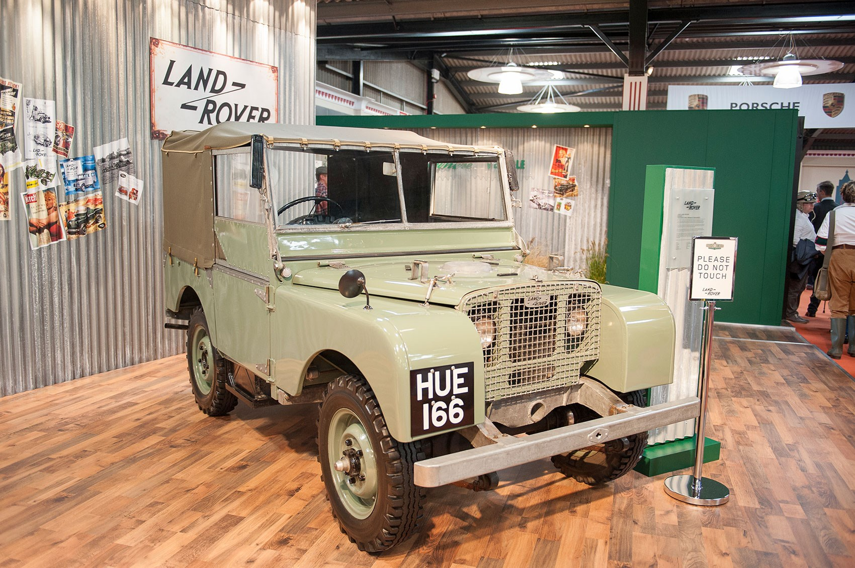 goodwood revival preview 2015: celebrating 67 years of land rover