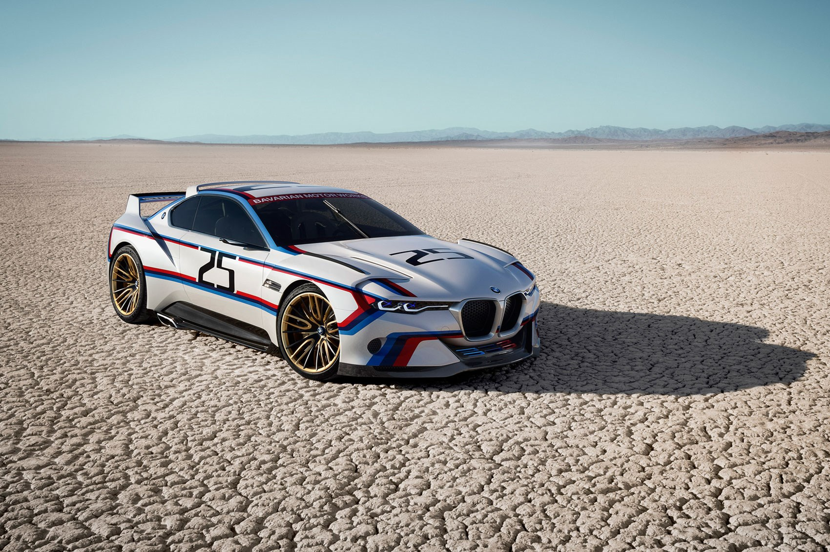 Bmw 3 0 Csl Hommage R 2015 Batmobile Concept Earns Its Stripes