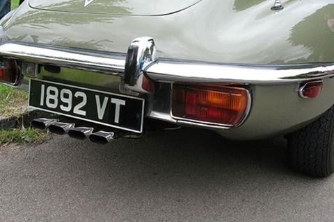 Jaguar E-type V12 exhausts