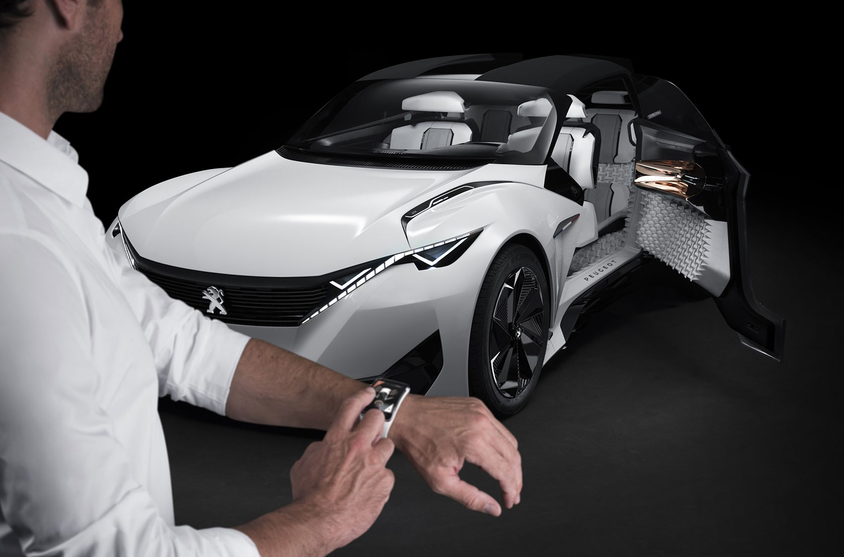 peugeot fractal concept: an angry looking 'urban coupe'car
