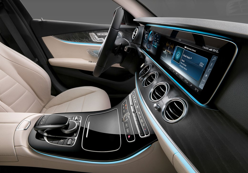 Fresh Thinking Open Your Mercedes From Your Phone With Virtual