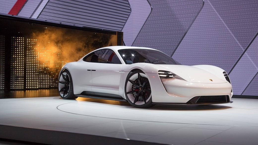 Porsche Mission E: chúng tôi đã có tin tức mới nhất về khởi động xe điện năm 2019