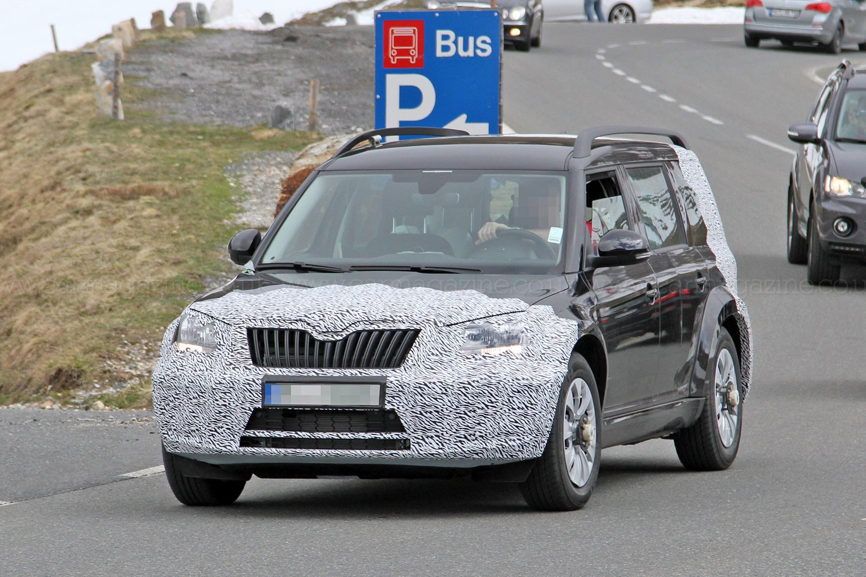 Skoda yeti 2017 review release date new automotive trends skoda - Upcoming Larger Skoda Suv Spied On Test In The Mountains
