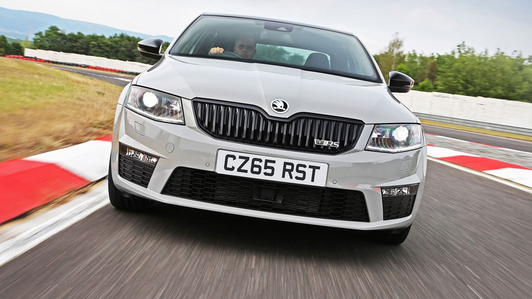 skoda octavia vrs 230 (2015) review | car magazine