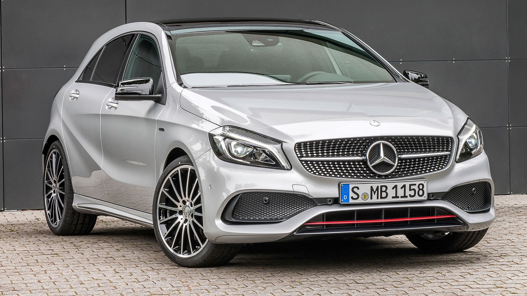 Mercedes Benz Lease Deals 0 Down >> Mercedes-Benz A250 AMG (2015) review | CAR Magazine