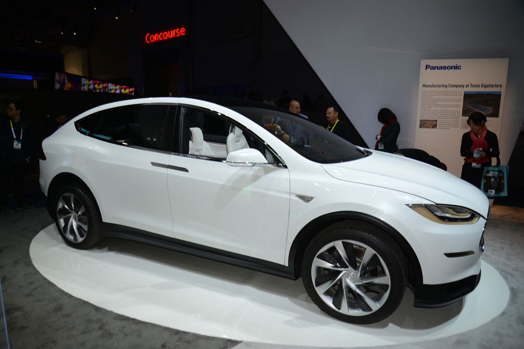 Tesla Model X Crossover The Gullwing Electric Suv Is Here By Car