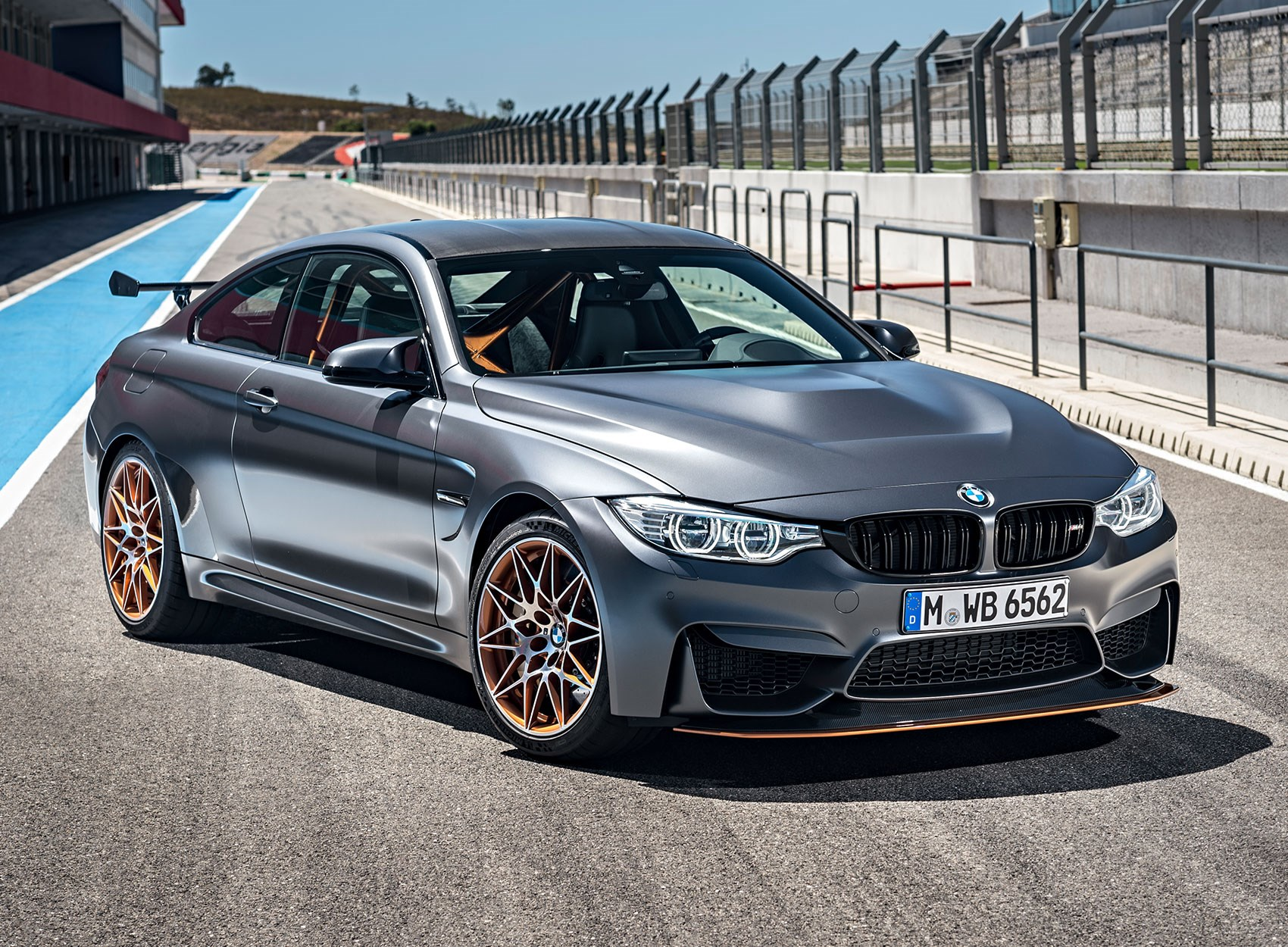 BMW M4 GTS 2016: officially the fastest BMW road car ever by CAR