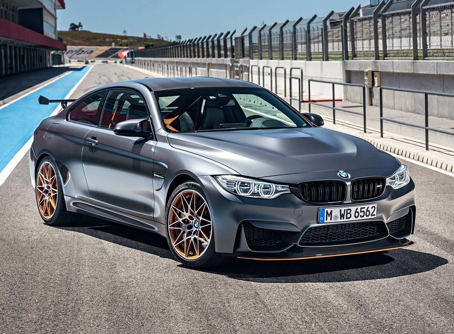 BMW M4 GTS (2016): officially the fastest BMW road car ever | CAR ...