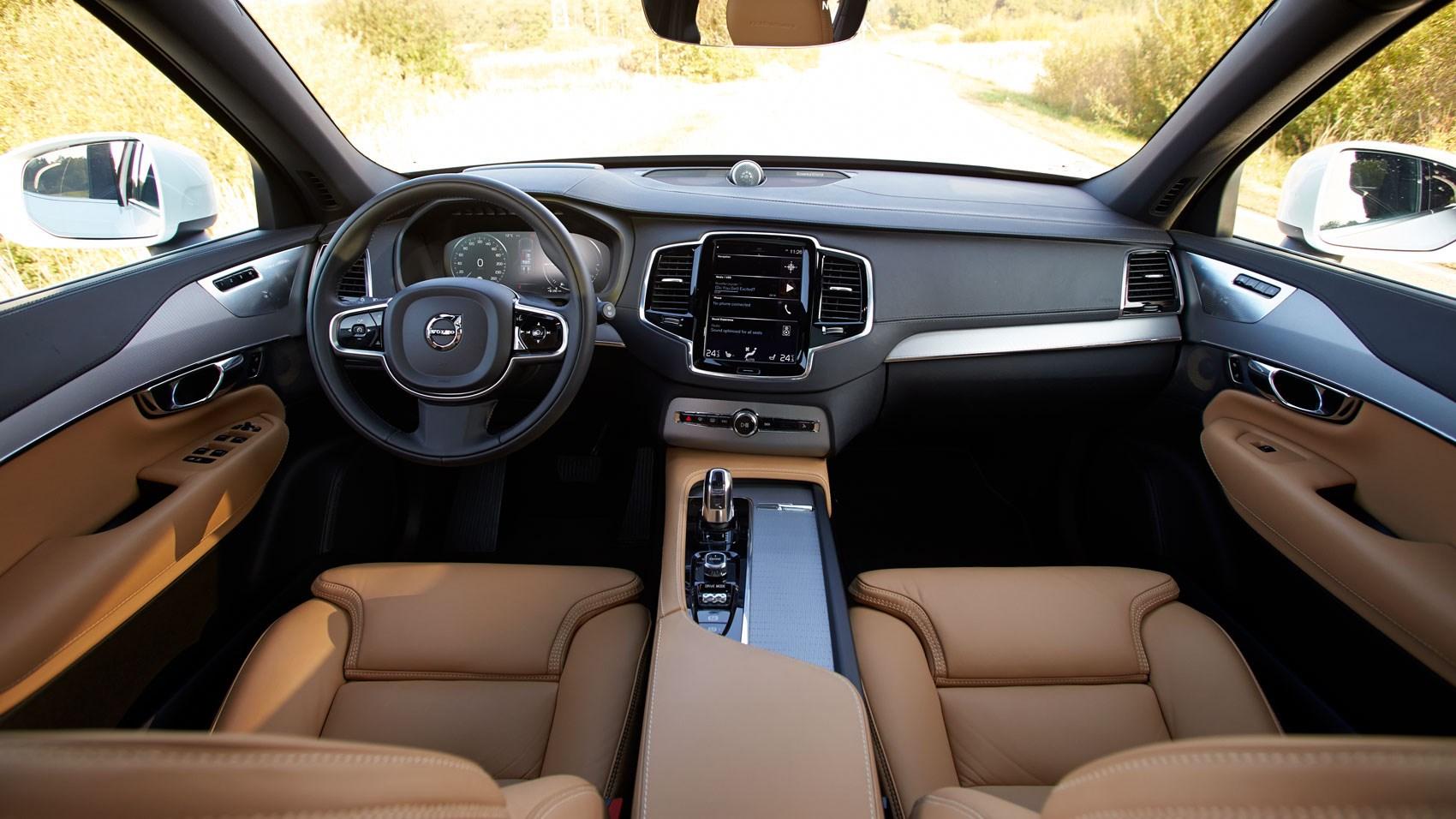 Volvo C R Design Interior