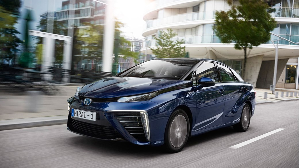 toyota mirai 2015 hydrogen fuel cell vehicle review car magazine rh carmagazine co uk
