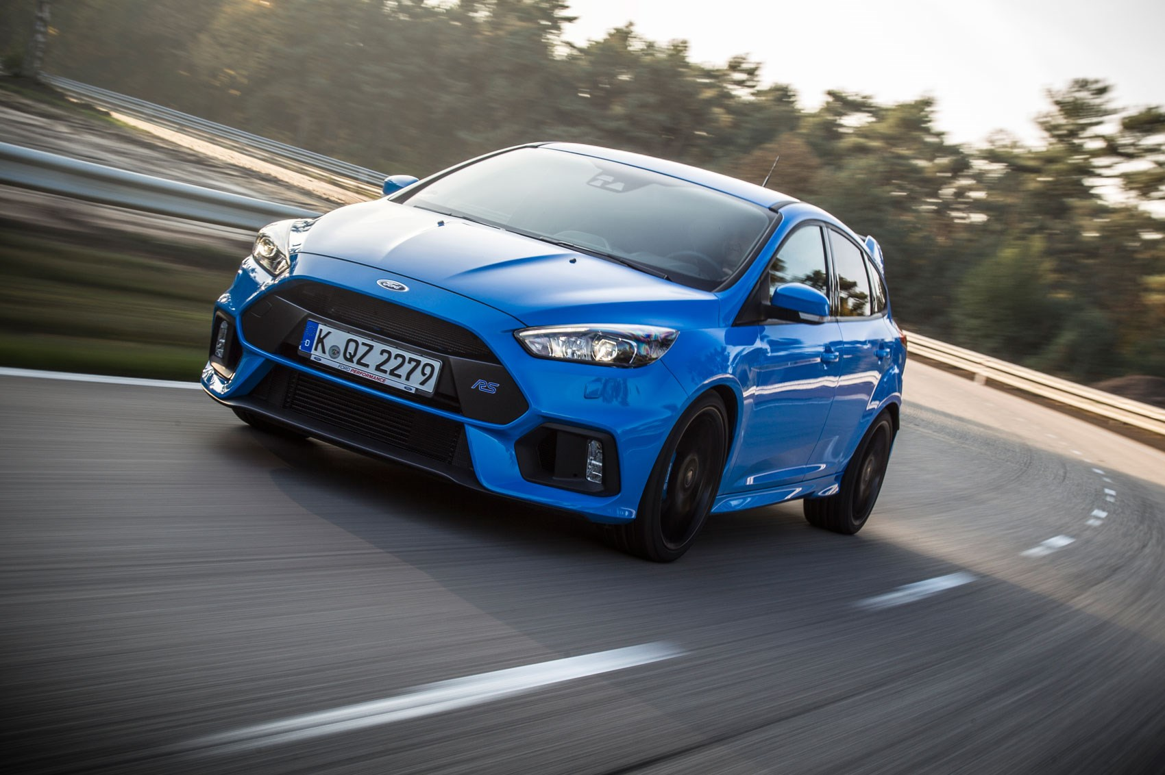 The 2016 ford focus rs we grab a passenger ride