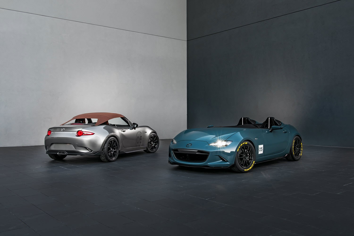 The SEMA diet: lightweight Mazda MX-5 Spyder and MX-5 Speedster in ...