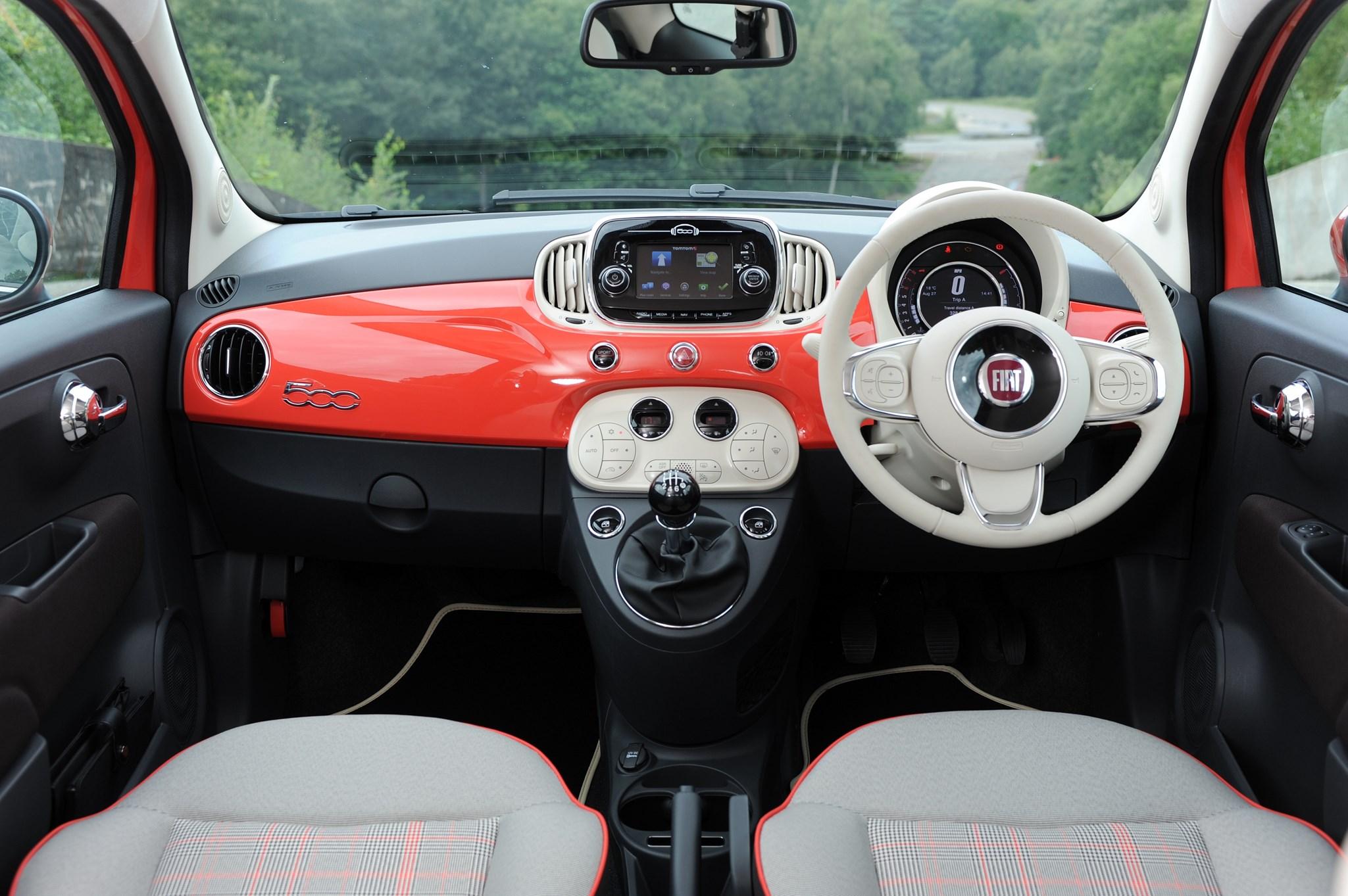 Fiat 500 Pop >> Fiat 500 Lounge 1.2 (2015) review   CAR Magazine