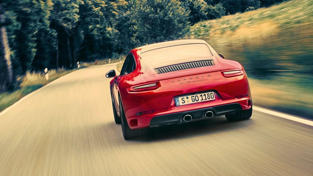 Porsche 911 Carrera S (2016) review by CAR Magazine