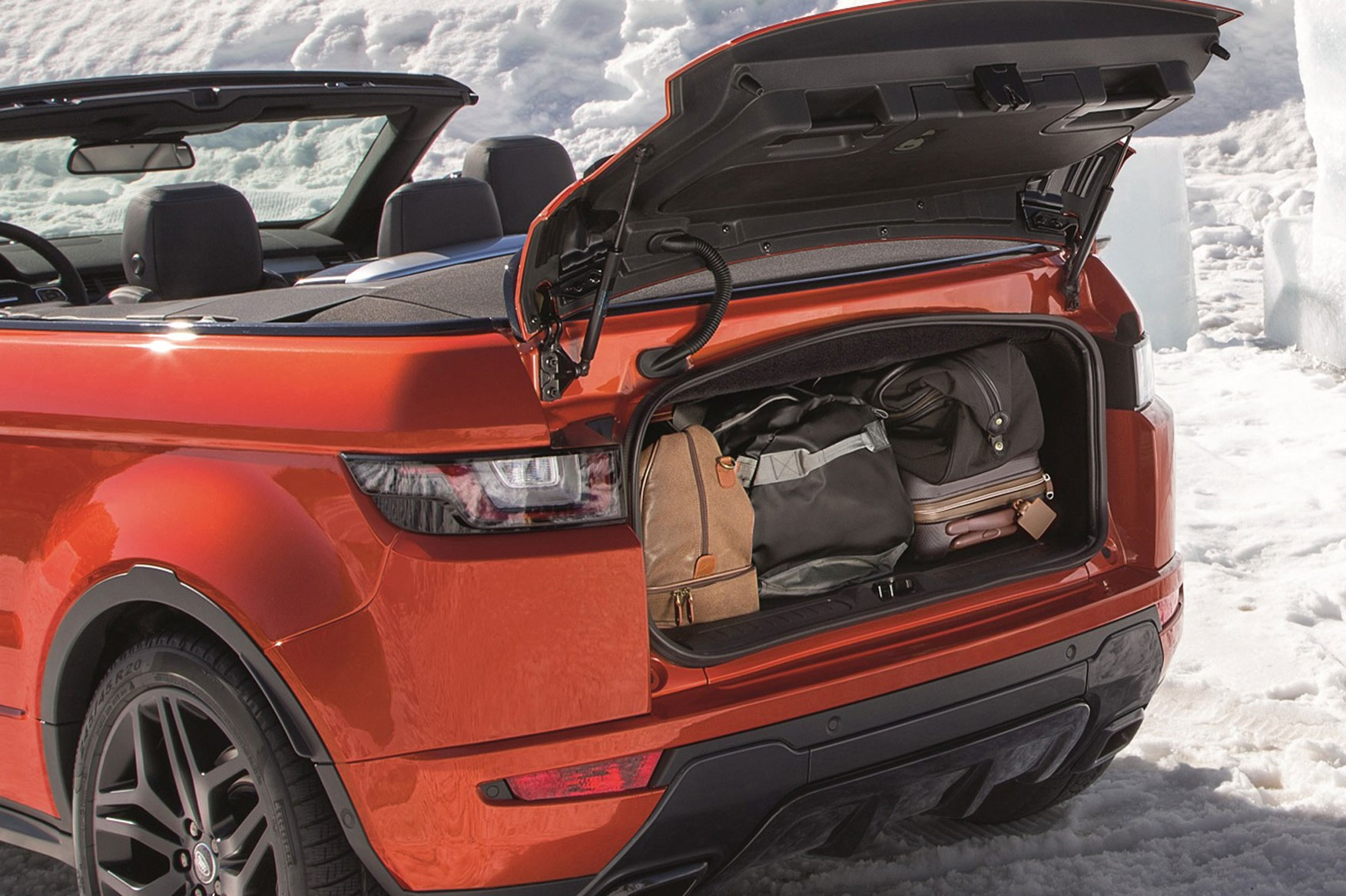 Roofless Streak Range Rover Evoque Finally Goes Convertible For