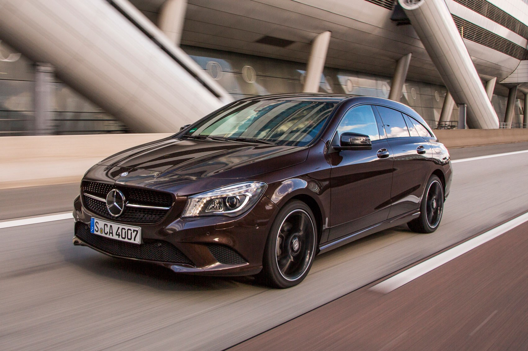 mercedes cla 220 cdi sport shooting brake 2016 review by car magazine. Black Bedroom Furniture Sets. Home Design Ideas