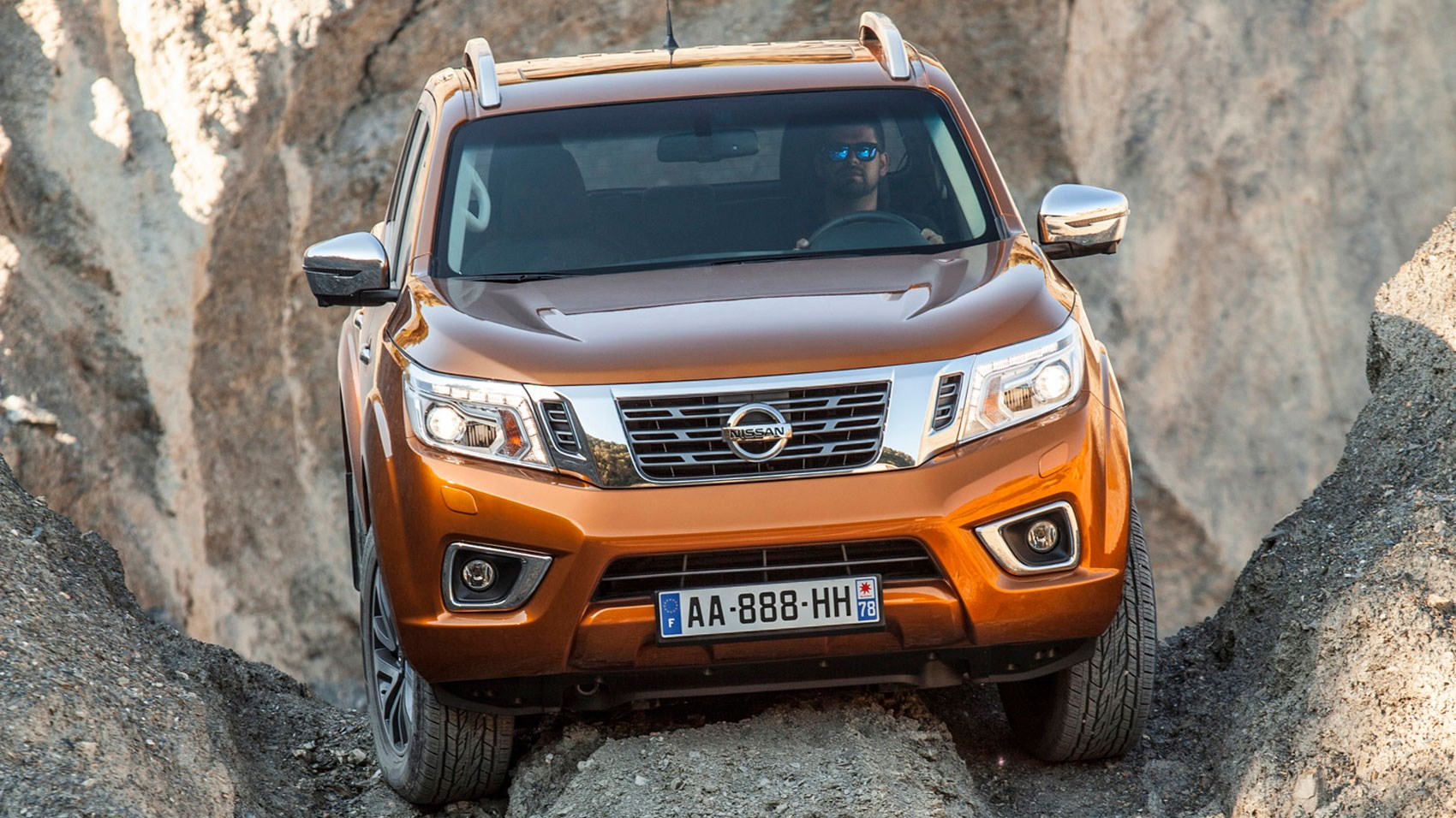 nissan np300 navara 2016 review car magazine. Black Bedroom Furniture Sets. Home Design Ideas