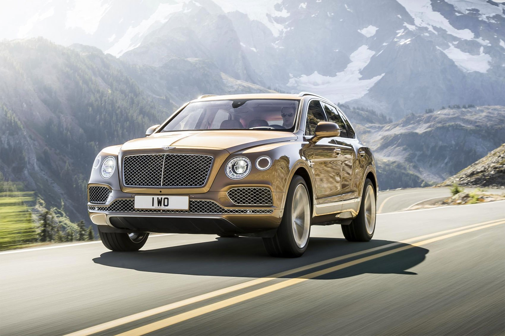 Bentley Bentayga W12 (2016) review by CAR Magazine