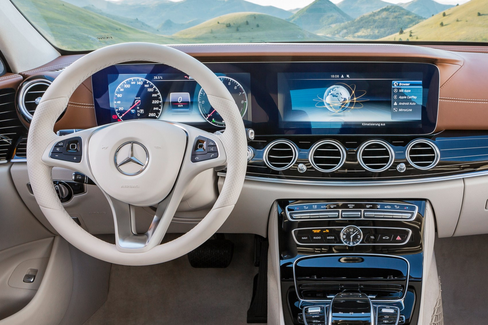 New Mercedes-Benz E-class unveiled at 2016 Detroit motor ...