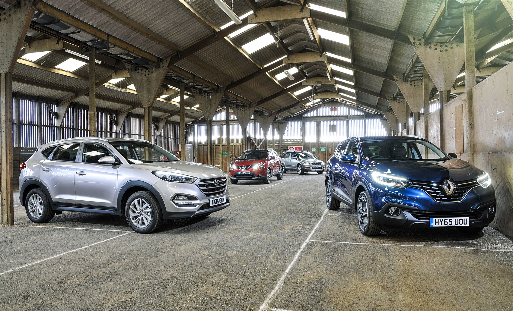 Renault Kadjar vs Hyundai Tucson vs Nissan Qashqai vs Skoda Yeti, quick group test, CAR+ January ...