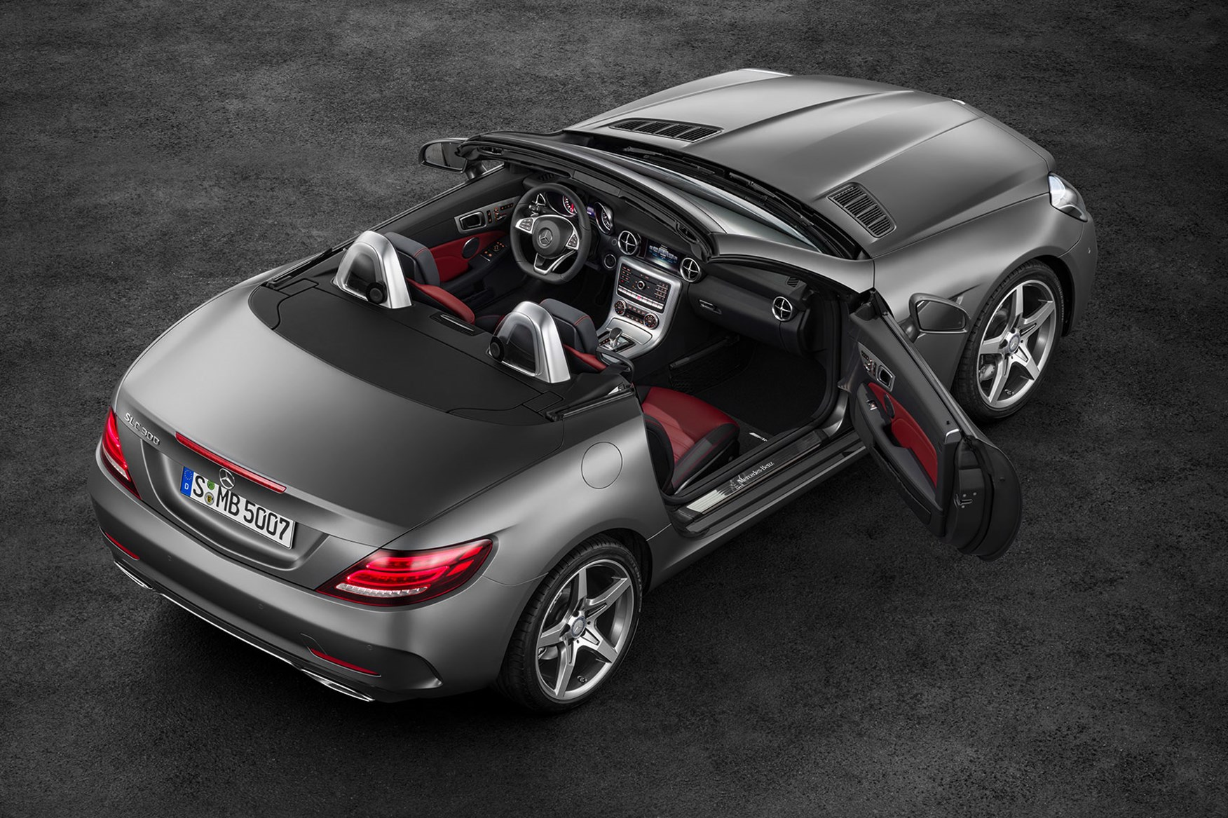 Mercedes Slc Revealed A New Name And A New Face For Slk In 2016
