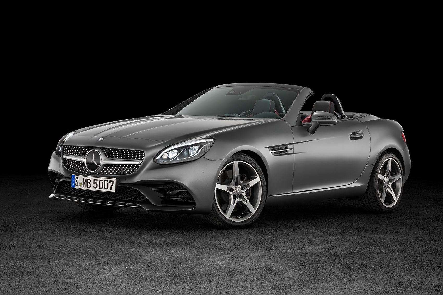 mercedes slc revealed a new name and a new face for slk in 2016 by car magazine. Black Bedroom Furniture Sets. Home Design Ideas