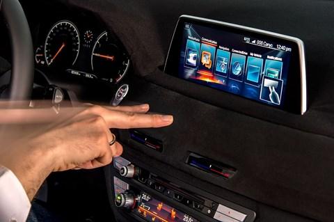 Gesture control: BMW 7-series