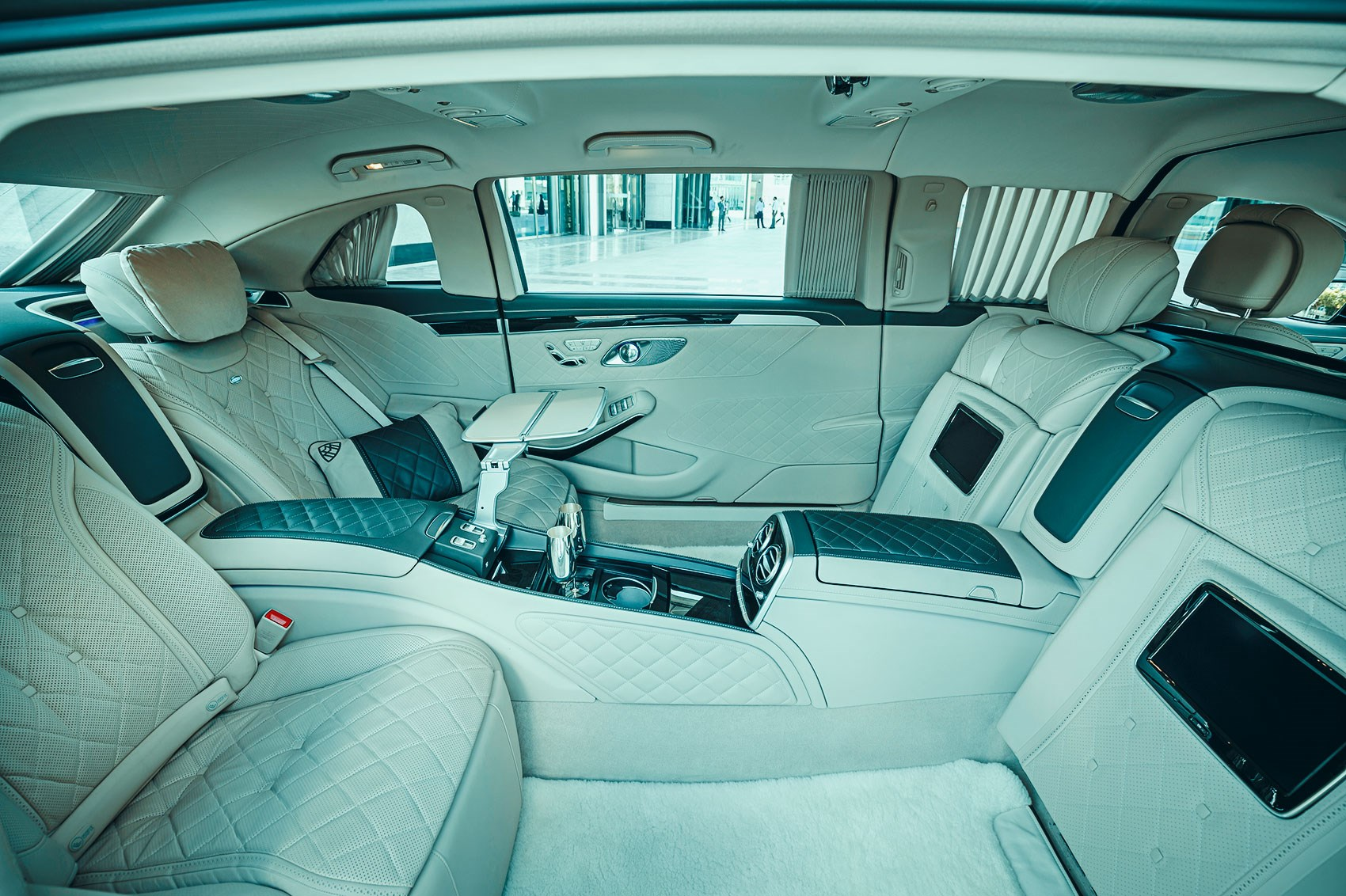 Mercedes Maybach Pullman Tested We Ride In The Ultimate
