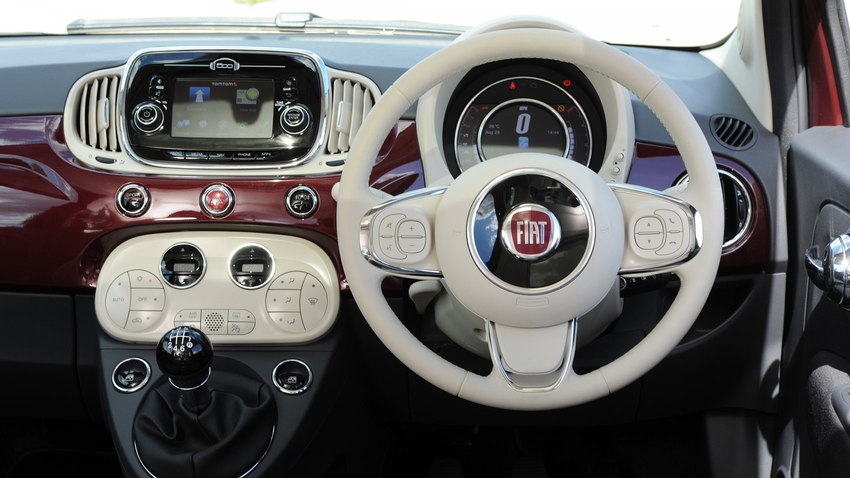 fiat 500 twinair 2016 facelift review by car magazine. Black Bedroom Furniture Sets. Home Design Ideas
