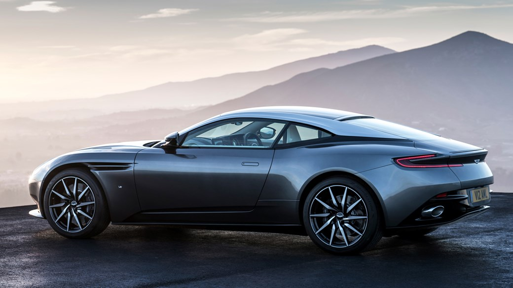 New Aston Martin >> Aston Martin Db11 New 600bhp Twin Turbo Gt Officially Revealed By