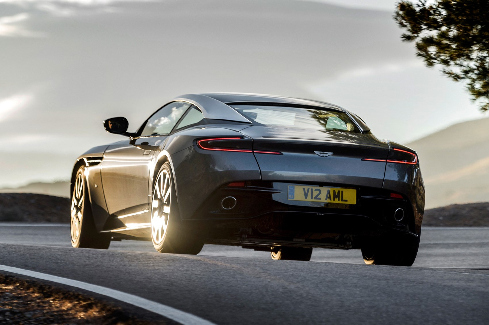 Aston Martin DB11: New 600bhp Twin-turbo GT Officially