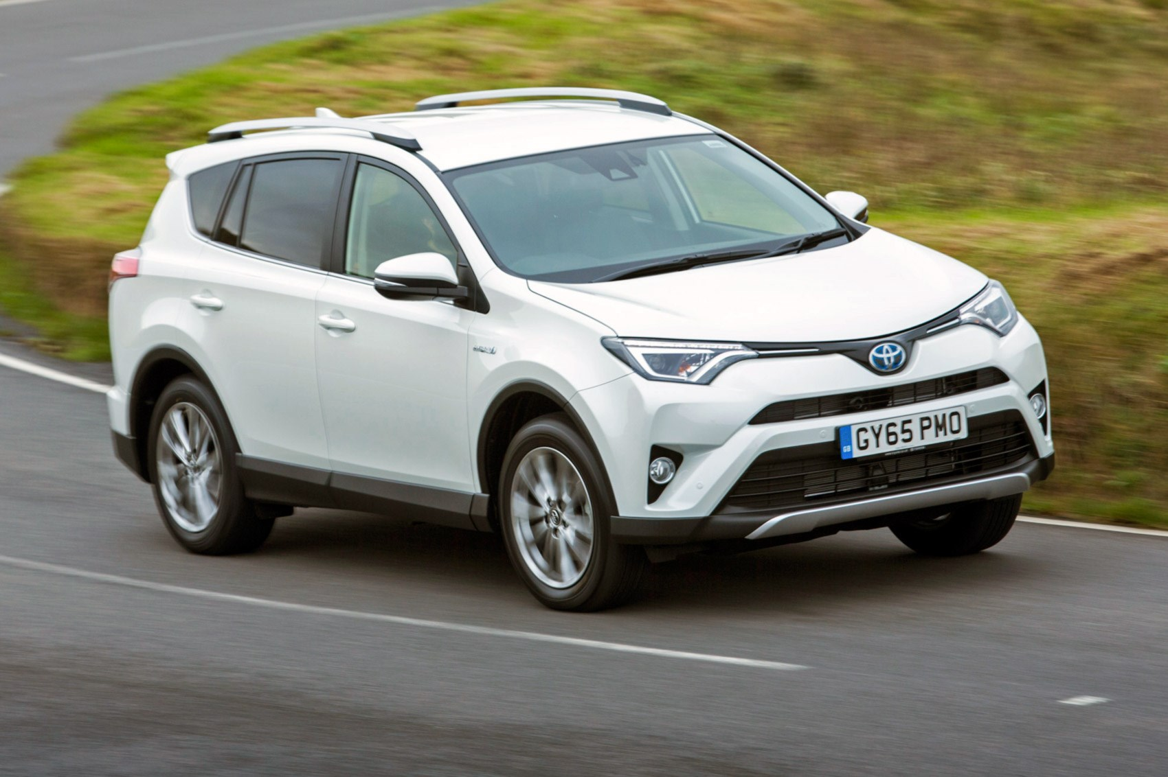 toyota rav4 hybrid 2016 business edition plus review