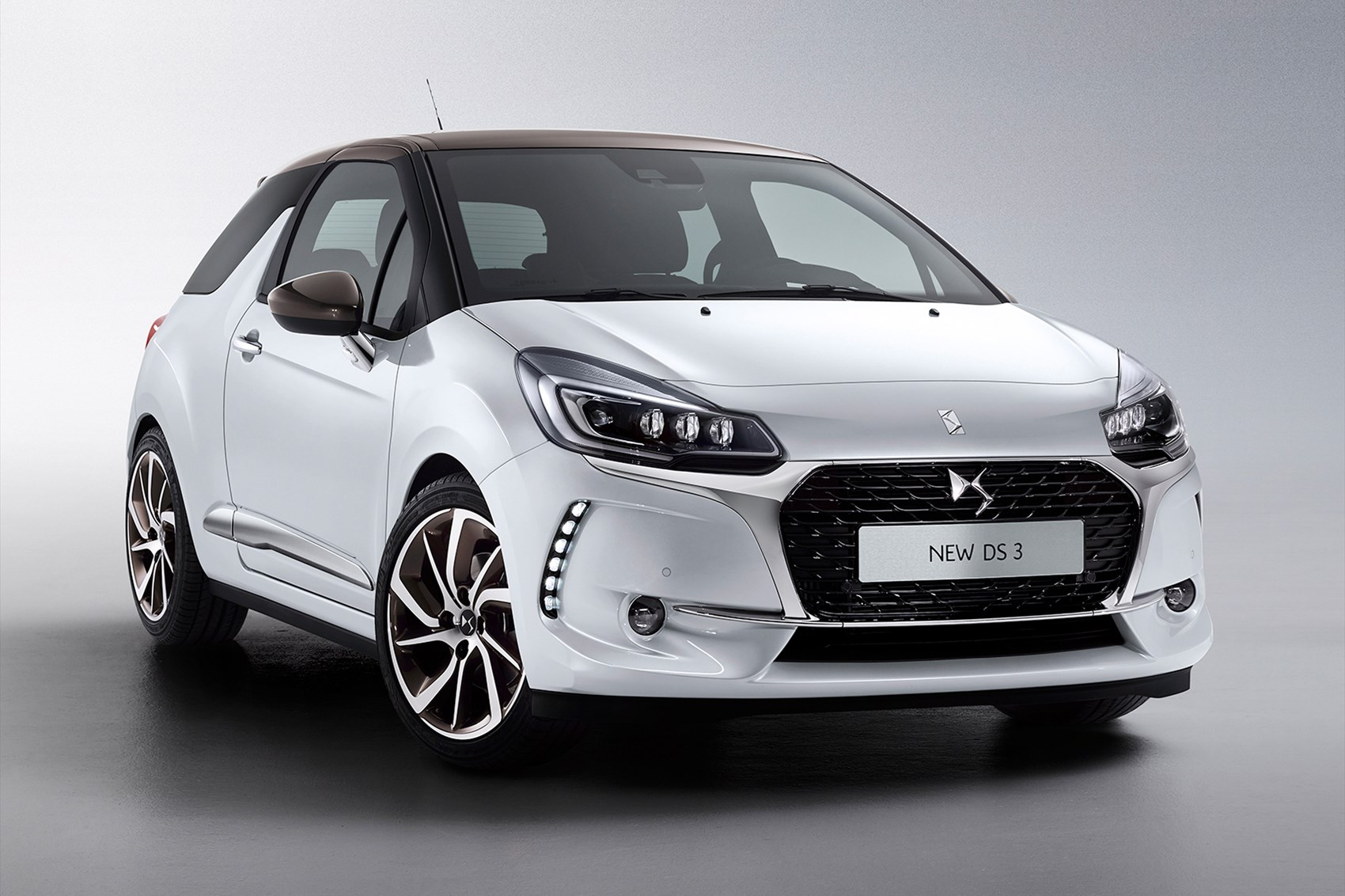 new not a citroen ds3 and ds3 cabrio revealed for 2016 by. Black Bedroom Furniture Sets. Home Design Ideas