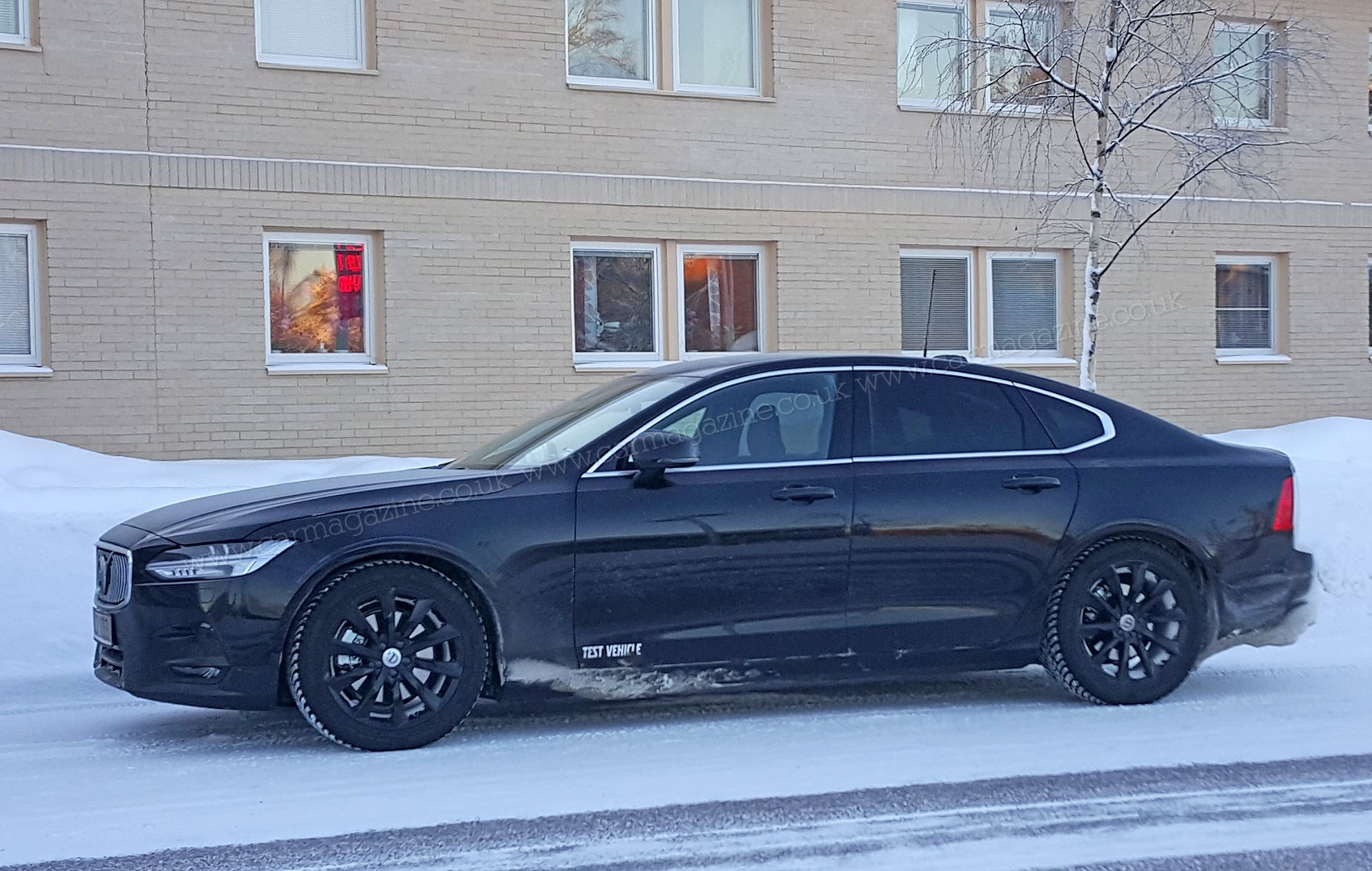 Volvo s90 the beefier 2016 r design steps out by car magazine and scoopsfoglights a telltale new volvo s90 takes over where unloved s80 left off sciox Choice Image