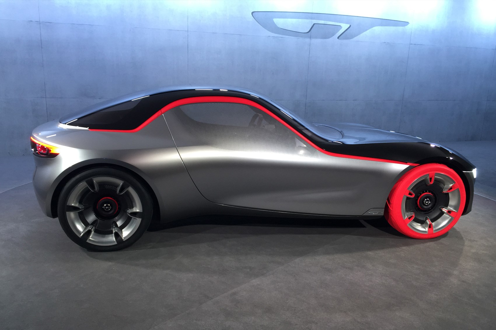 opel gt concept revealed at geneva 2016 vauxhall s sports car surprise by car magazine. Black Bedroom Furniture Sets. Home Design Ideas