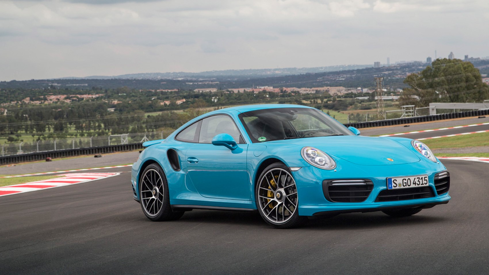 porsche 911 turbo s 2016 review by car magazine. Black Bedroom Furniture Sets. Home Design Ideas