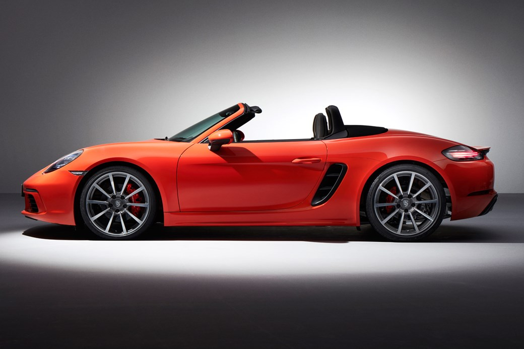 Boost or bust turbocharged 2016 porsche 718 boxster revealed by 2016 porsche 718 boxster s sciox Gallery