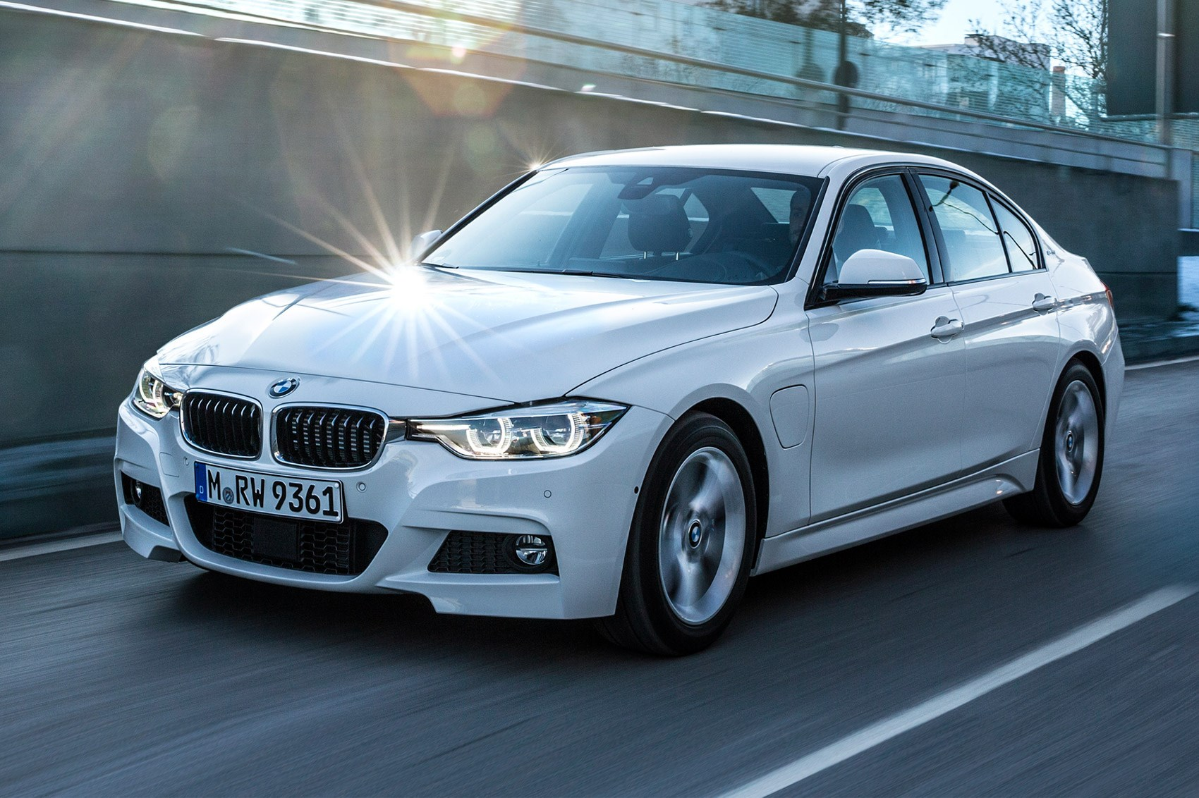 BMW 3series 330e 2016 plugin hybrid review by CAR Magazine