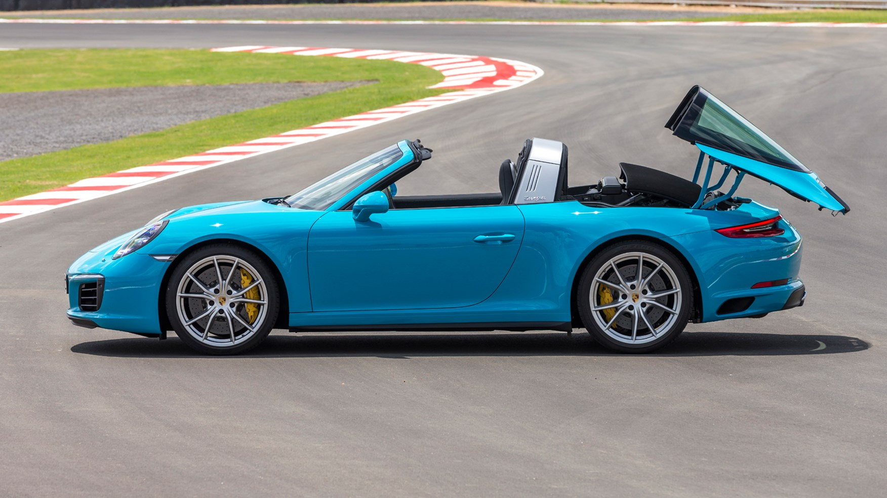 Porsche 911 Targa 4 2016 Review By Car Magazine