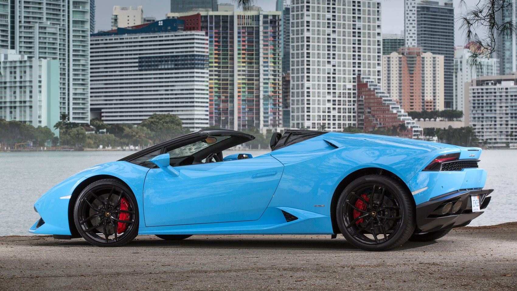 Lamborghini huracan lp610 4 spyder 2016 review car for Wing motors automobiles miami fl
