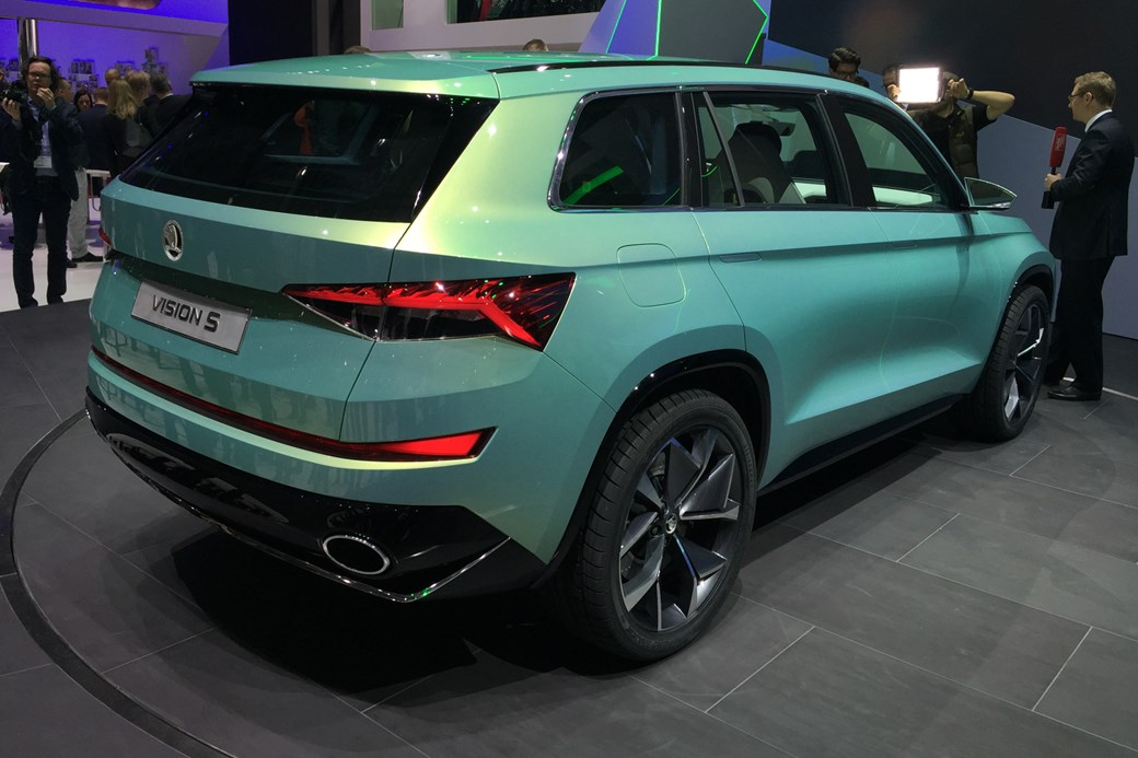 תוספת Czech this out: six-seat Skoda Vision S concept unveiled | CAR RV-19
