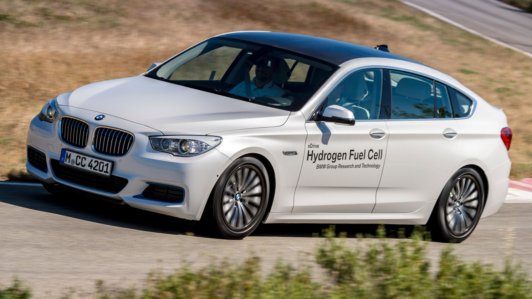 bmw 5 series gt fcev 2016 review by car magazine. Black Bedroom Furniture Sets. Home Design Ideas