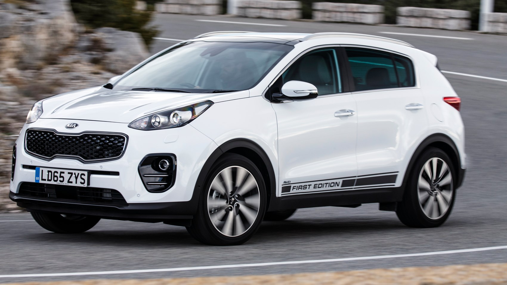 kia sportage first edition 2 0 crdi 2016 review by car magazine. Black Bedroom Furniture Sets. Home Design Ideas