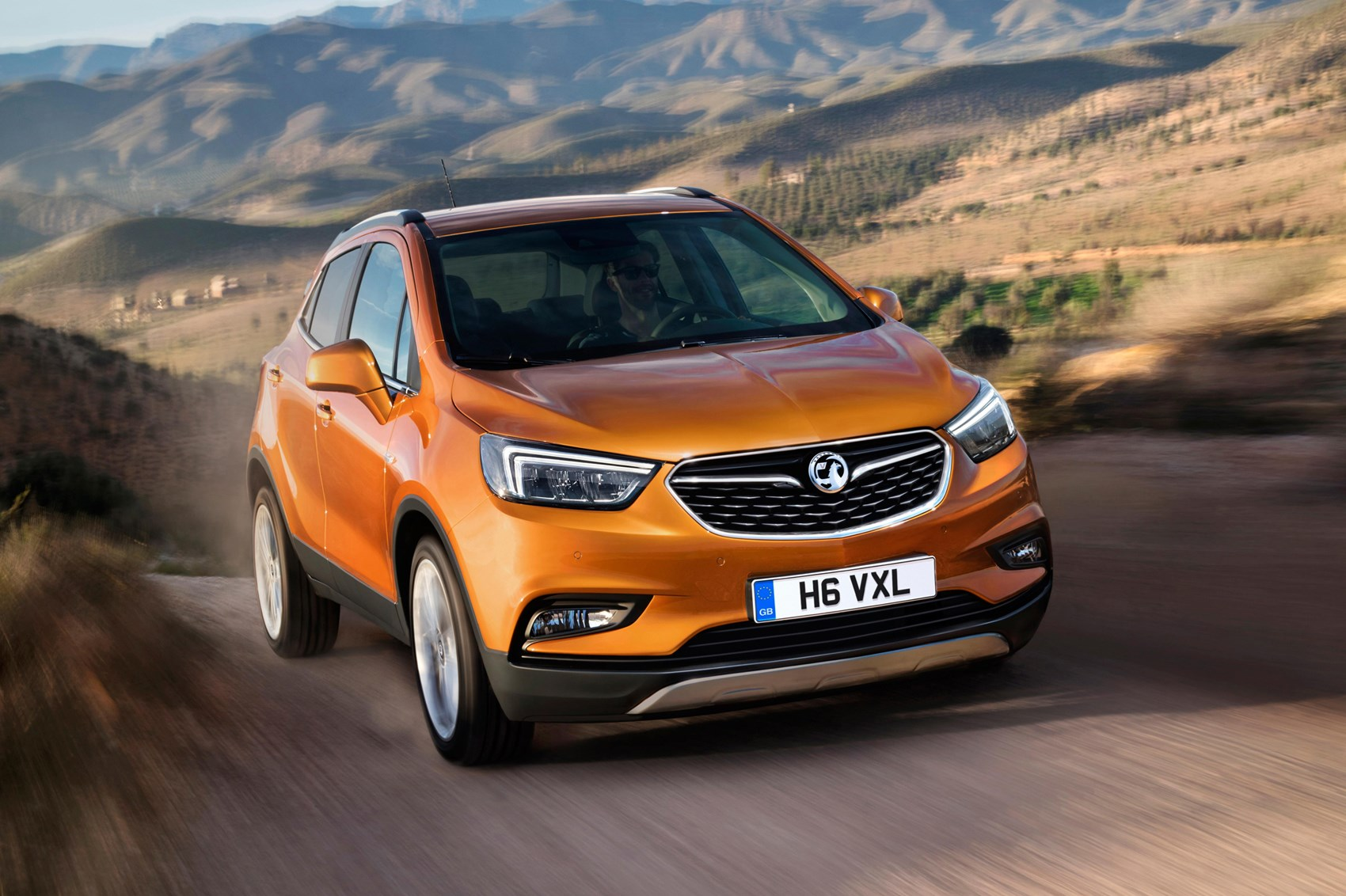vauxhall mokka x revealed a facelift and a name change for 2016 by car magazine. Black Bedroom Furniture Sets. Home Design Ideas