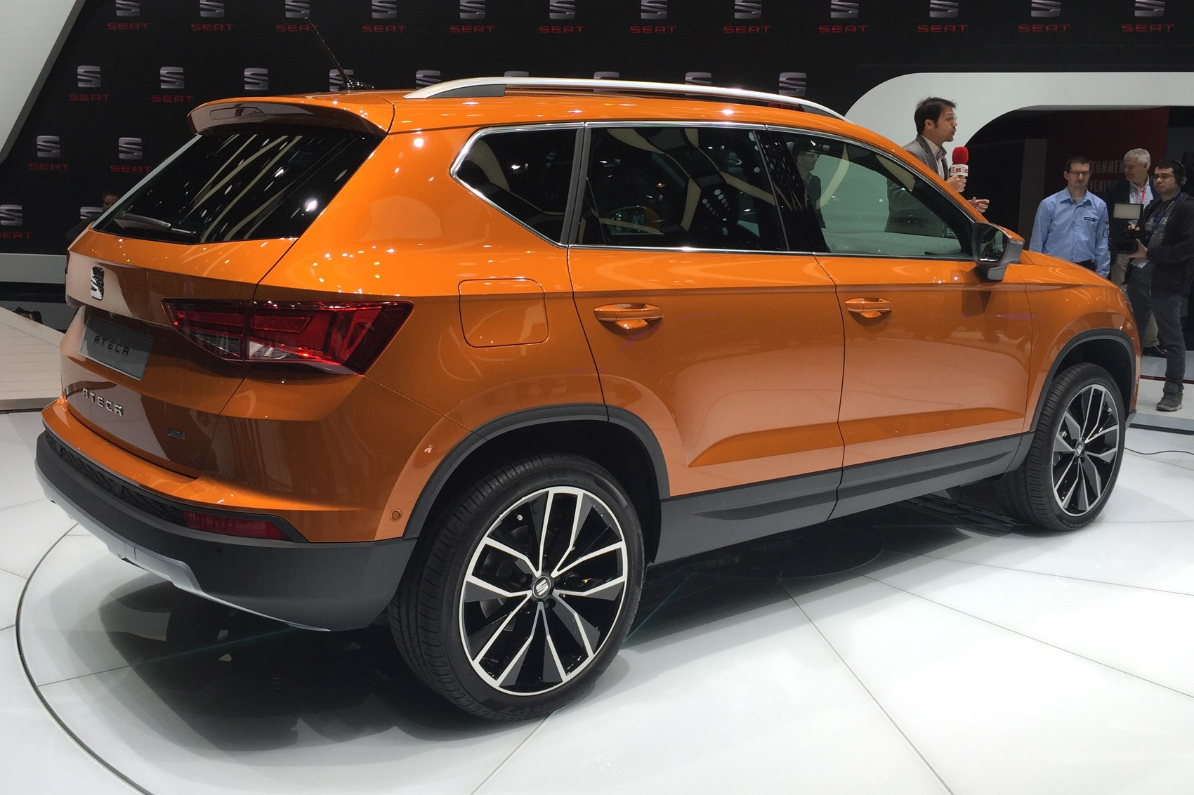 seat ateca crossover prices and specs announced for spanish qashqai by car magazine. Black Bedroom Furniture Sets. Home Design Ideas