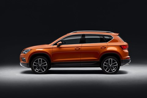 Side profile of Seat Ateca: no mistaking the Tiguan roots
