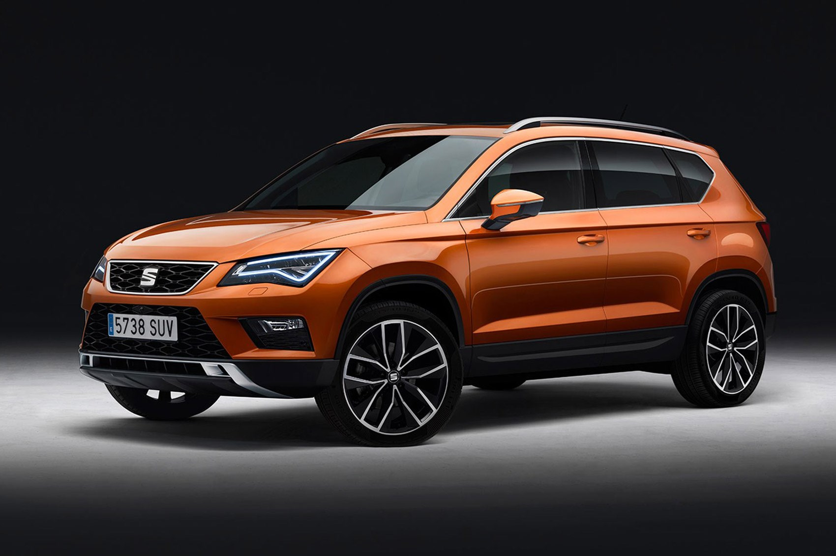 new seat ateca crossover in pictures spanish rival for qashqai suv by car magazine. Black Bedroom Furniture Sets. Home Design Ideas